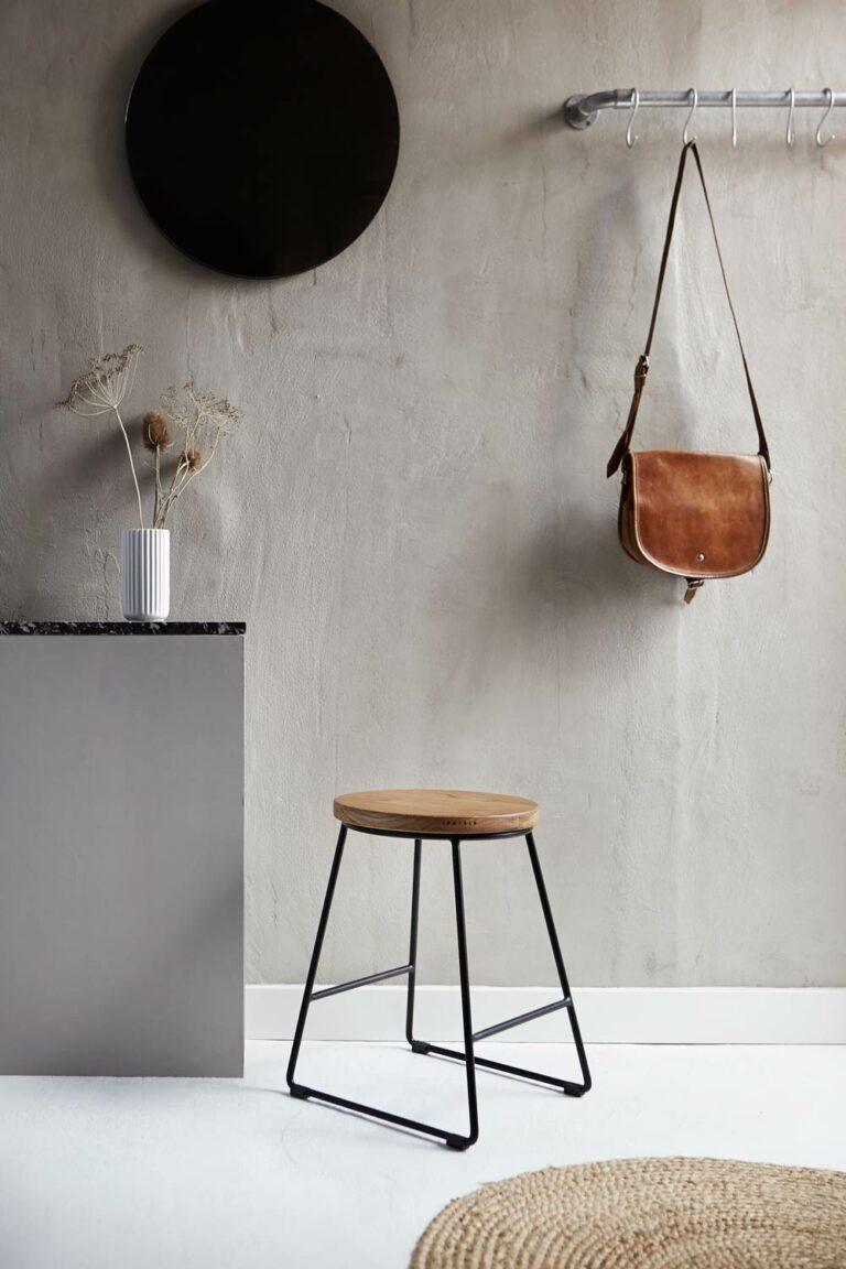 Skammel fra Træfolk i minimalistisk design