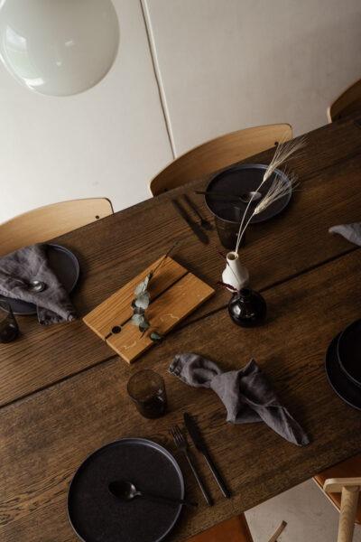 Normund - Mørkolieret plankebord fra Træfolk