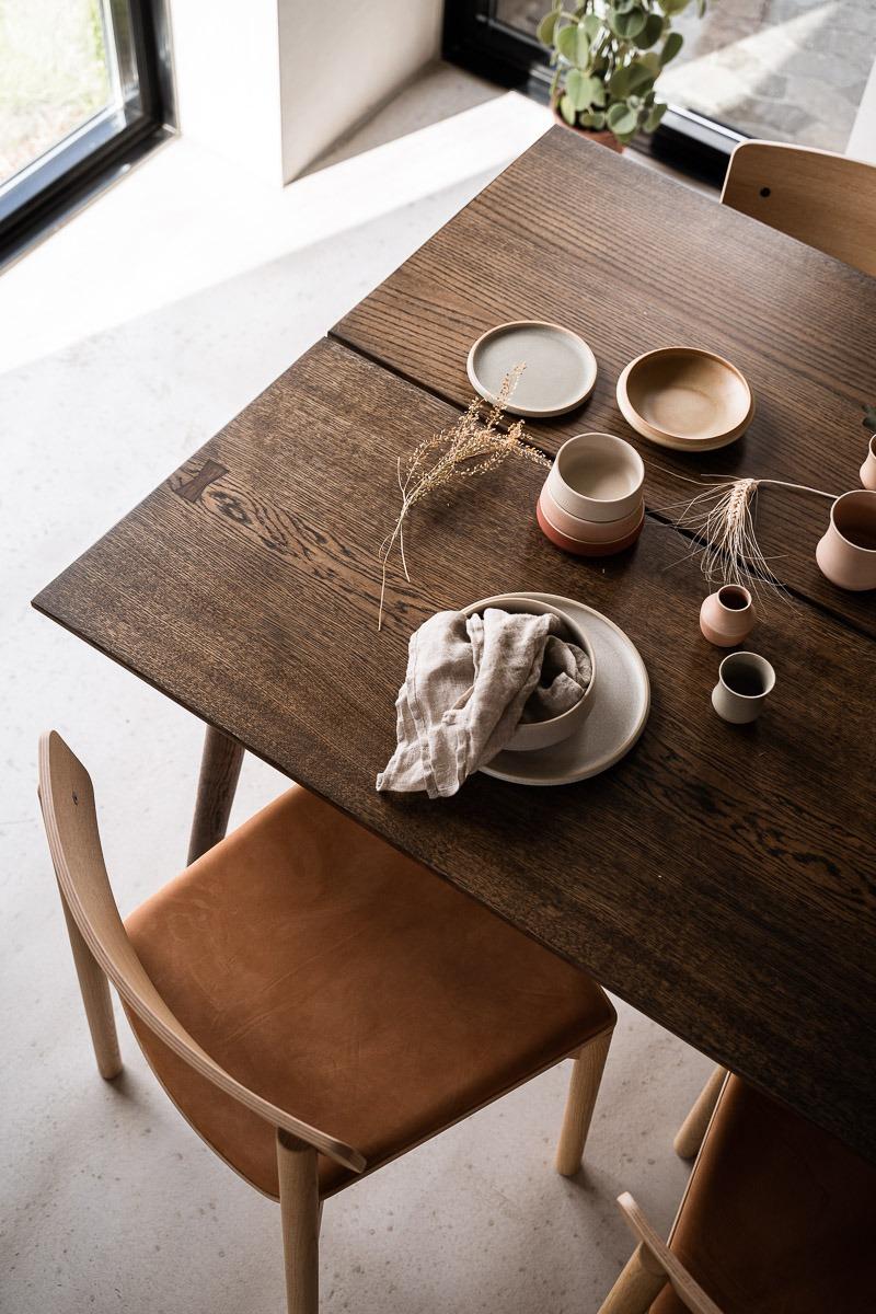Mørkt eksklusivt plankebord fra Træfolk