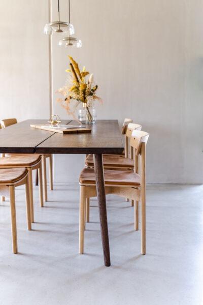 Let og elegant plankebord fra Træfolk i egetræ